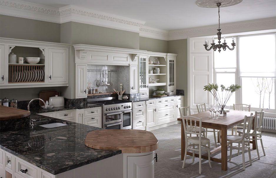 Wenn Man Einige Hauptregeln Kennt, Ist Das Streichen Kein Problem Mehr.  Sehen Sie, Wie Das Geht, Neue Wandfarben Für Ihre Küche Auszusuchen.