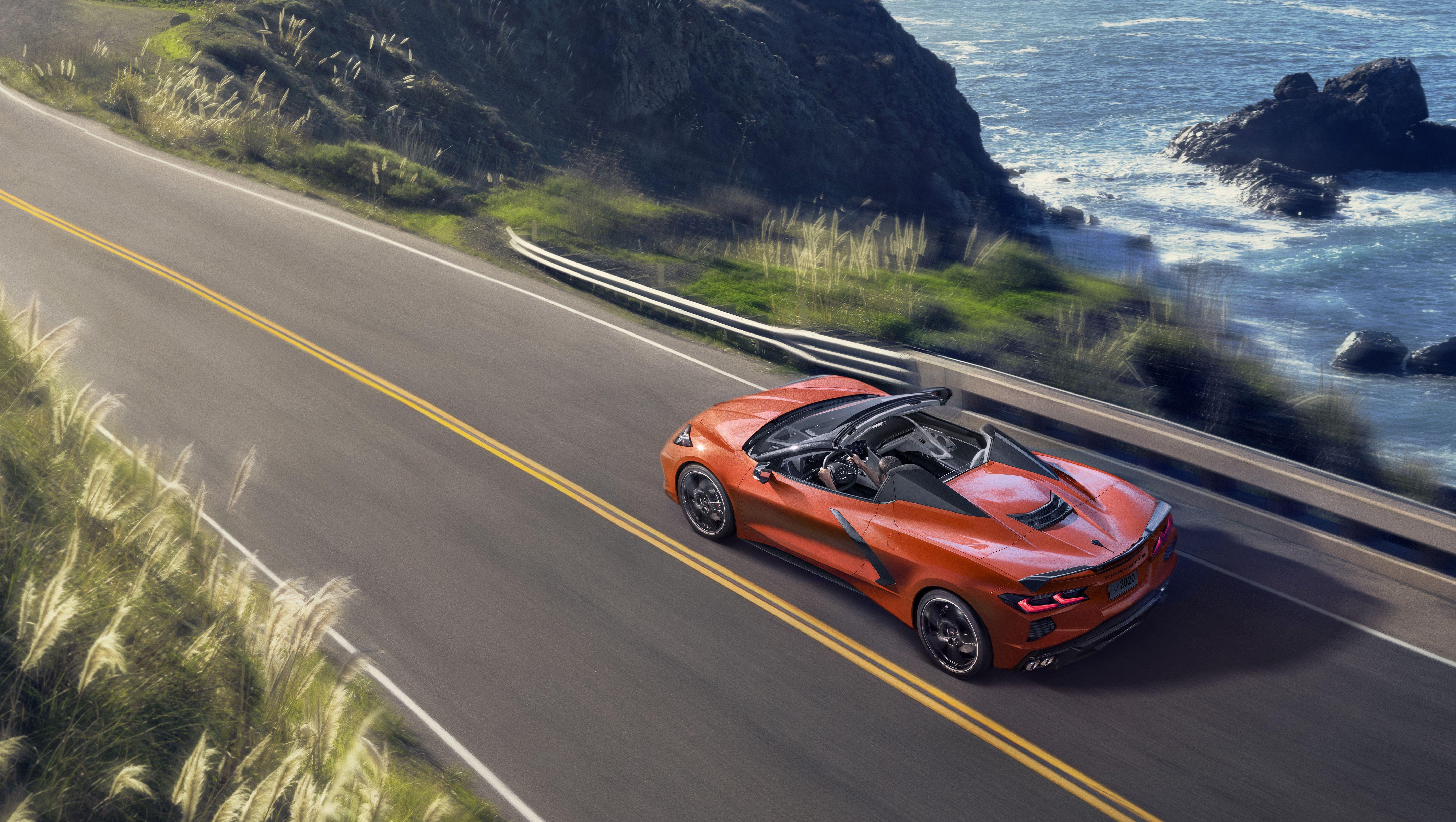 Chevrolet S Open Top 2020 Corvette C8 Weighs 77 Pounds More Than The Coupe Chevrolet Corvette Corvette Convertible Corvette