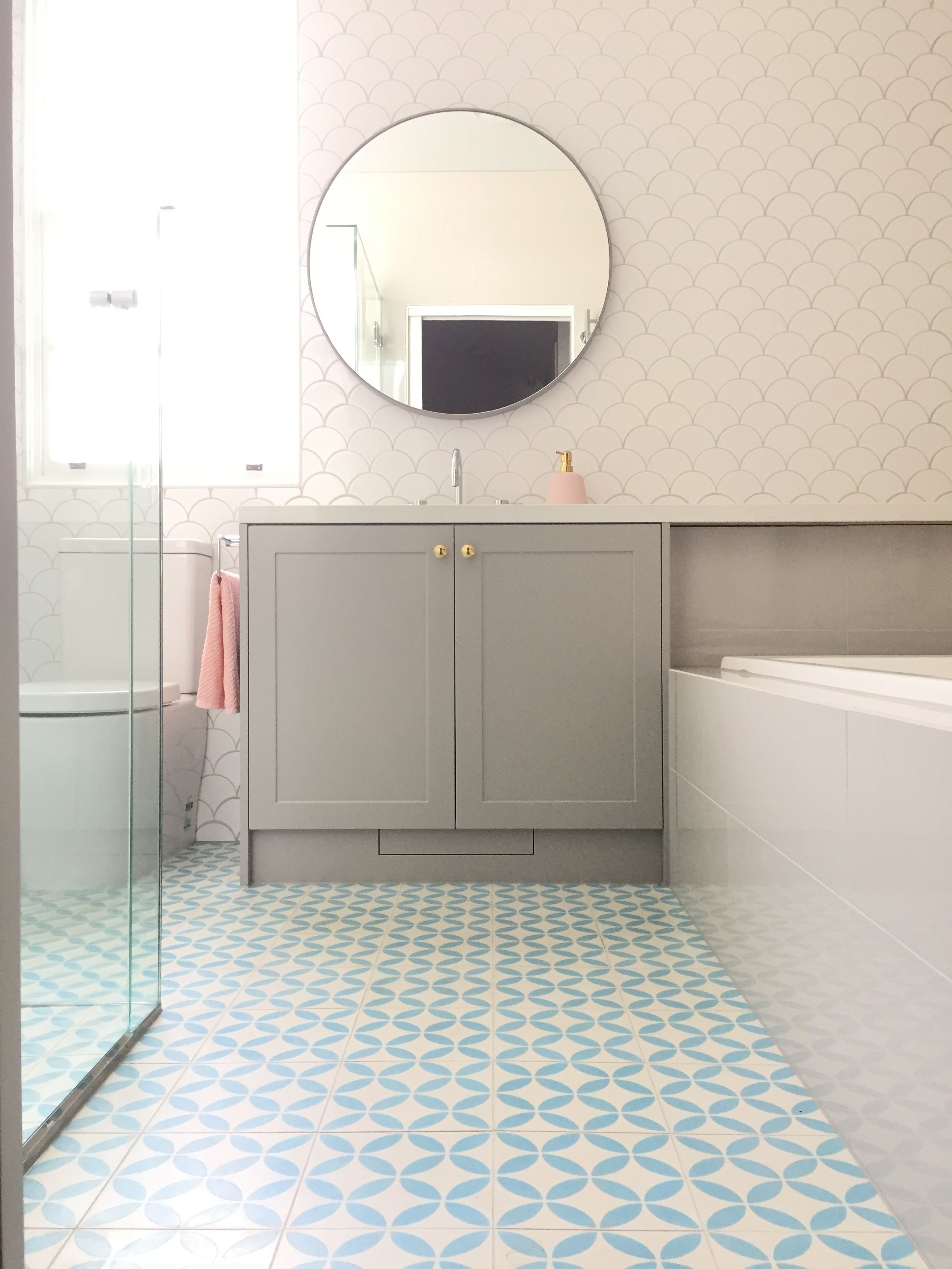 Fun Kids Bathroom With Fish Scale Tiles And Blue Patterned