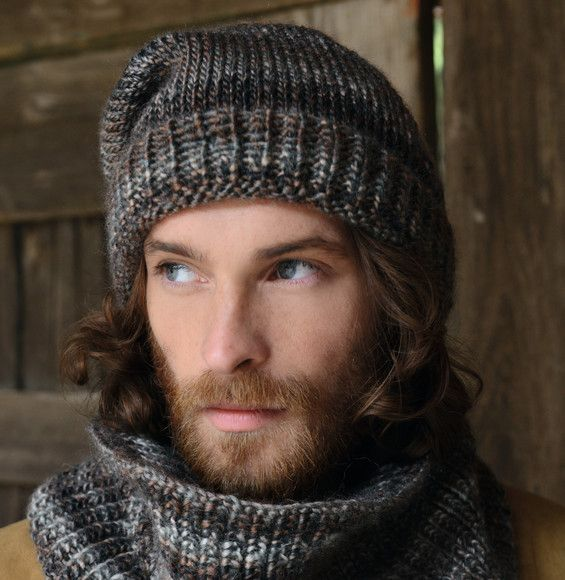 les hommes vont ador s ce mod le de bonnet en c tes perl es tr s tendance il est r alis en. Black Bedroom Furniture Sets. Home Design Ideas