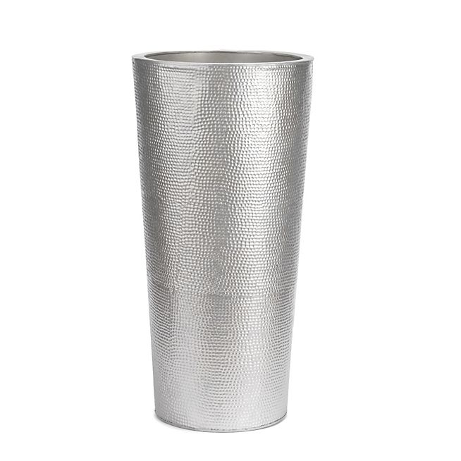Pour Grandes Plantes Un Cache Pot En Metal Gris De 75cm De Hauteur A Effets De Reliefs Pour Sublimer Vos Plante Mobilier De Salon Meuble Deco Metal Galvanise