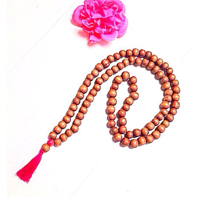 Beautiful wooden necklace with pink tassel. Handmade & custommade. Follow Instagram: @bagsaccessoriesatelier23