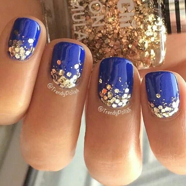 Bright blue glitter nailart #Nailart @JenniferW
