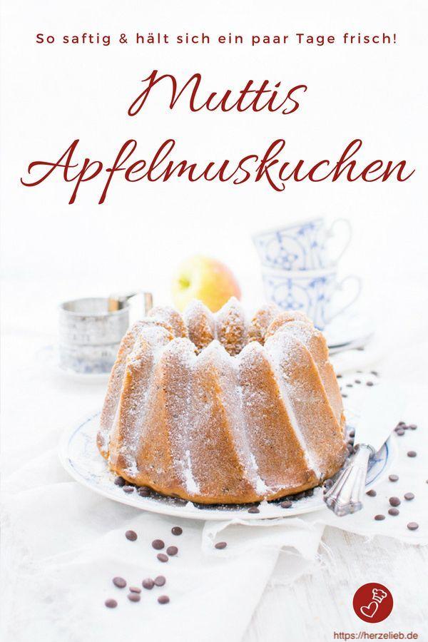 Apfelmuskuchen Rezept - saftiger Kuchen als Gugelhupf