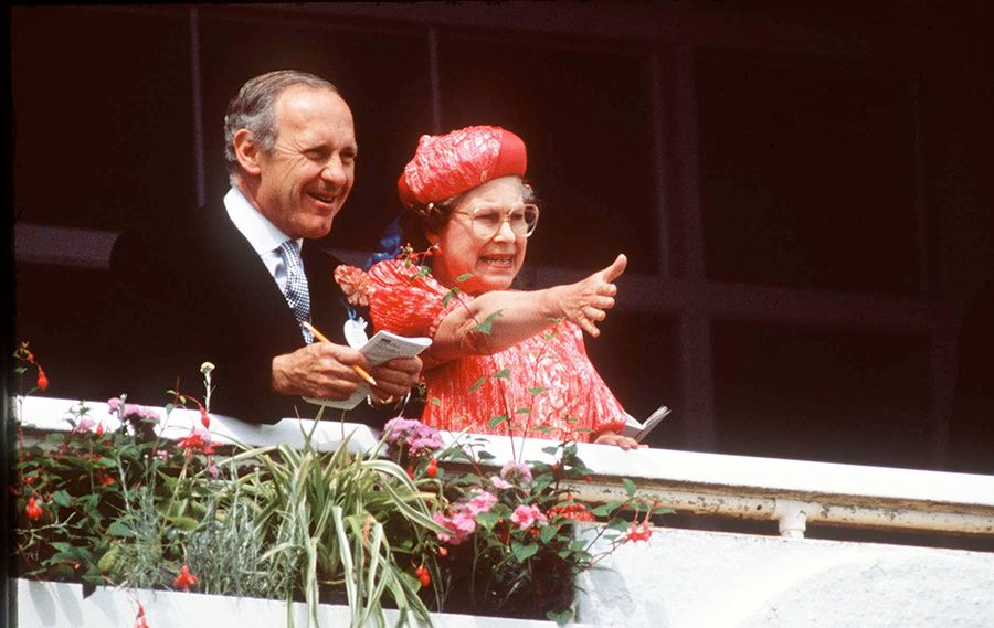 GALLERY: Who's who in the Queen's trusted team? - Photo 10