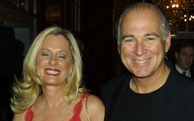 jimmy buffett and wife jane zippo kluv getty photo by george de sota