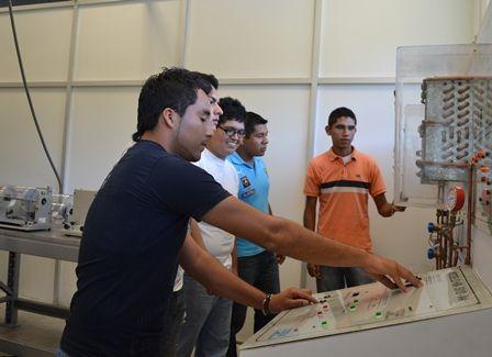 UTCV: Aplicando la Tecnología en el Sector Avícola.