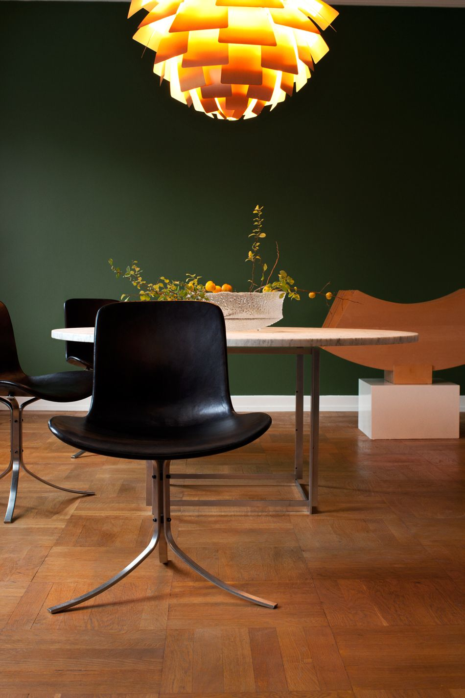 Poul Kjaerholm Pk9 Chair And Pk 54 Dining Table With Marble Top And Maple Extension Ring Boligindretning Interior Stol Spisebord