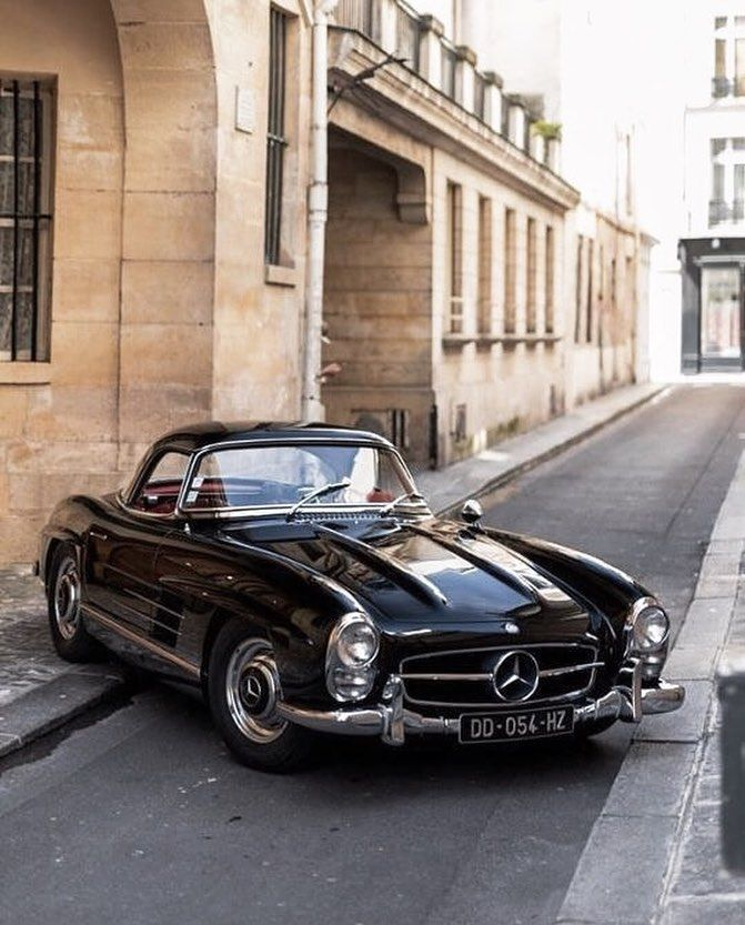 """Une Page d'Inspiration on Instagram: """"find me cruising down the streets in a classic benz"""""""