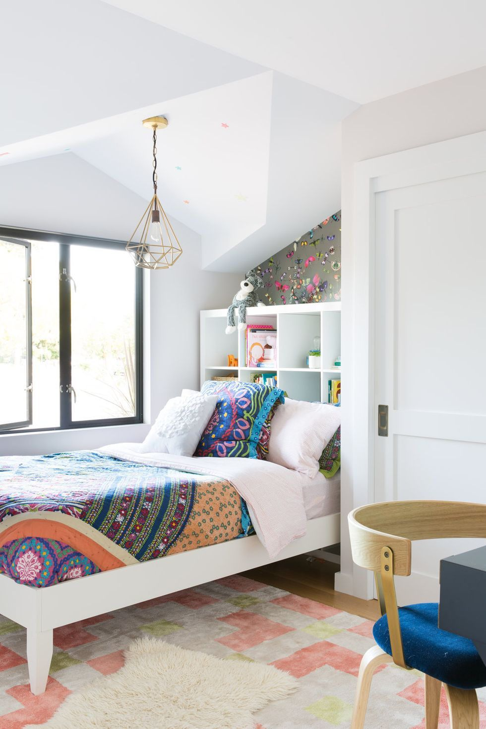 13 Creative Ways To Use Peel And Stick Wallpaper Kids Room Design Bedroom Decor Room