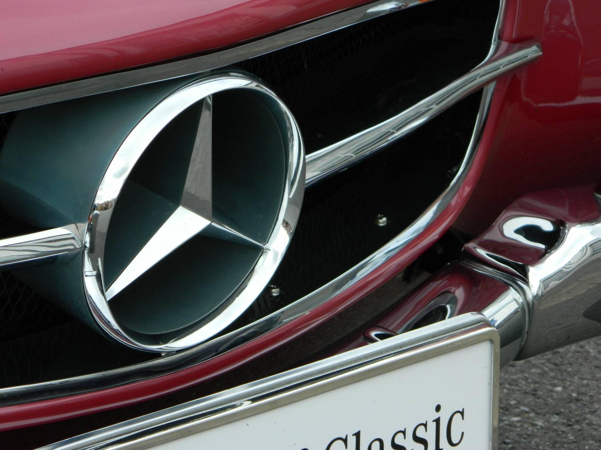 mercedes benz 190 sl mercedes benz classic mercedes. Black Bedroom Furniture Sets. Home Design Ideas