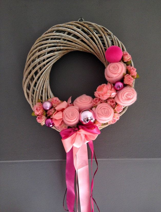 adventskranz weinachten rosa filz rose weidenkranz mit. Black Bedroom Furniture Sets. Home Design Ideas