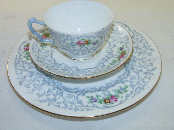 1930s Crown Staffordshire Fine Bone China Tea Cup & by Covenants