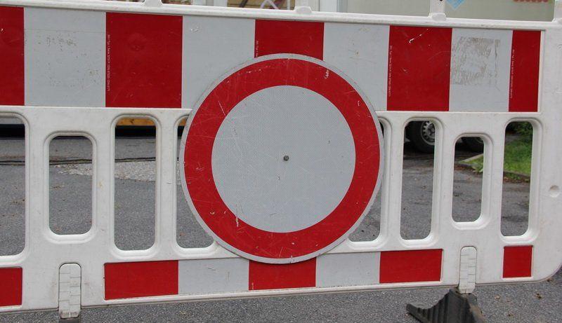 Pin Von Rhein Kreis Nachrichten Auf Nachrichten Strassensperrung Vollsperrung Und Grevenbroich
