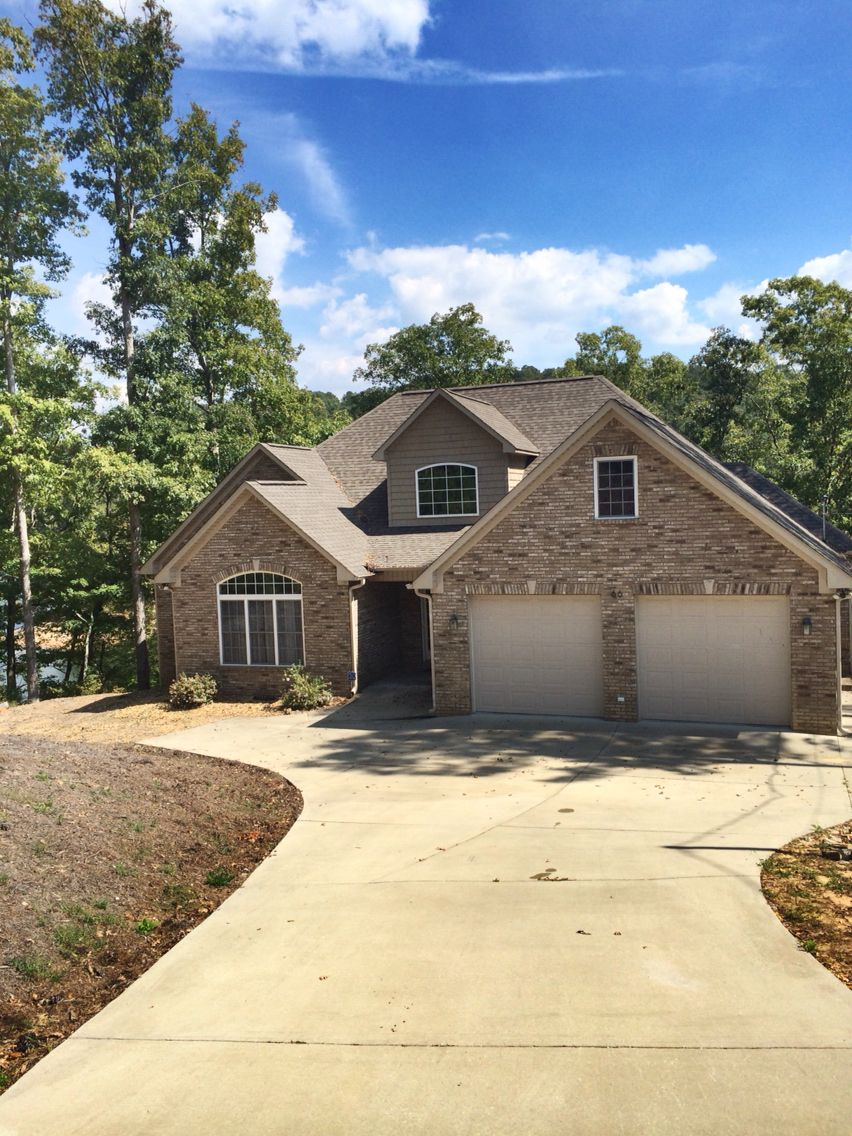 Beautiful lake house for sale on lewis smith lake 399900