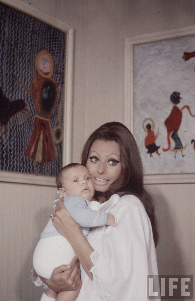 Sophia Loren and Baby, 1969 !