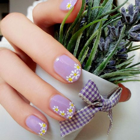 pintrista grantz roppel on maquillaje  floral nails