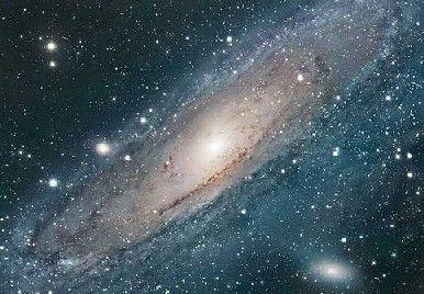 La palabra cosmos de origen griego, en su sentido más genérico supone un sistema ordenado o armonioso, porque justamente en el idioma griego su palabra antecedente significa orden u ornamento, además, resulta ser una referencia contraria al caos.