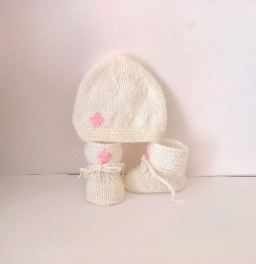 ensemble bonnet chaussons b b fille layette laine fait main tricot blanc sucette satin rose. Black Bedroom Furniture Sets. Home Design Ideas