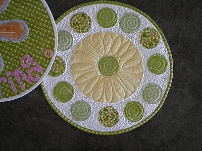Moda Bake Shop: Simple Spring Table Runner or Place Mats