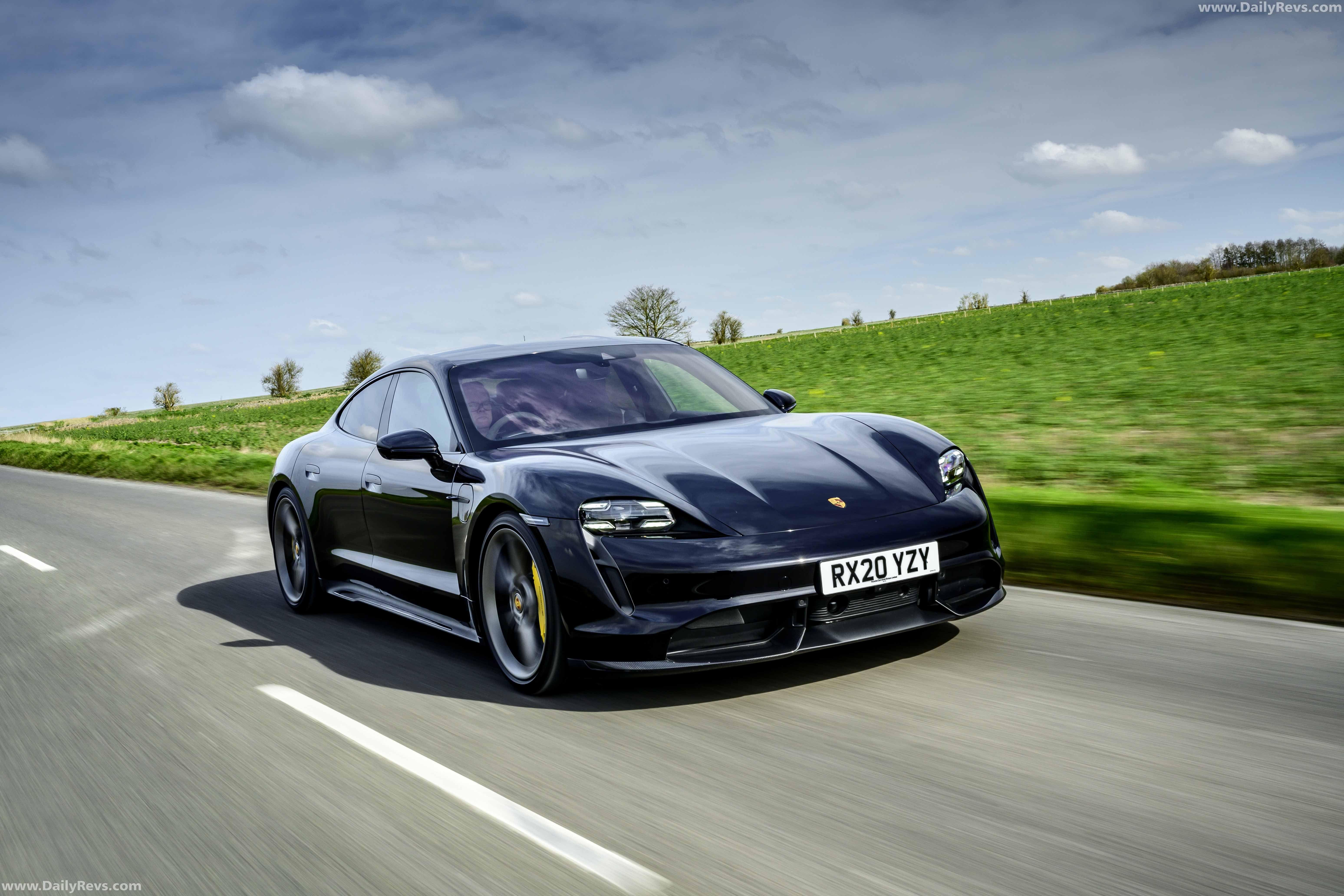 2020 Porsche Taycan Turbo S [UK] in 2020