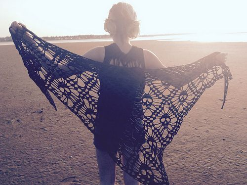 Diy Crochet Skull Shawl Free Pattern From Kungen Och Majkis On