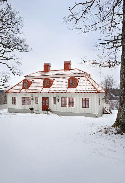 Beautiful Exterior House Colors Design: Beautiful Swedish Home - Exterior
