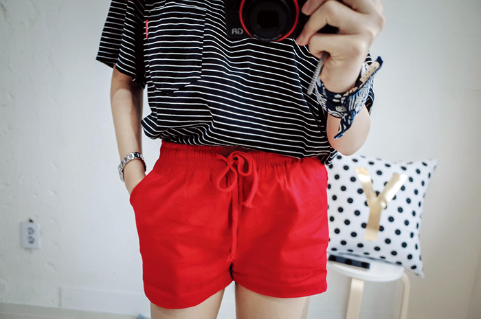 Drawstring shorts can look like a sleeping wear if you worn it wrong.