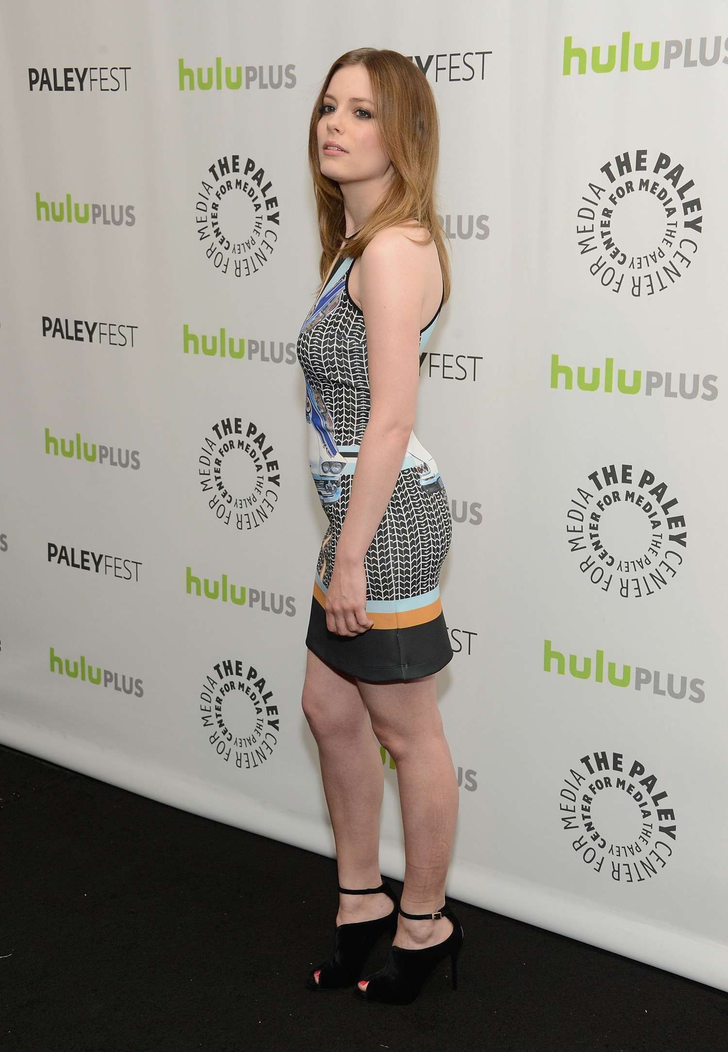 gillian jacobs fan site