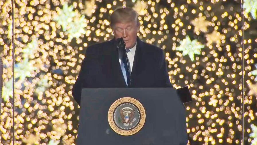Trump gives fed workers Christmas Eve off with pay (With images)   Workers christmas, Open on ...