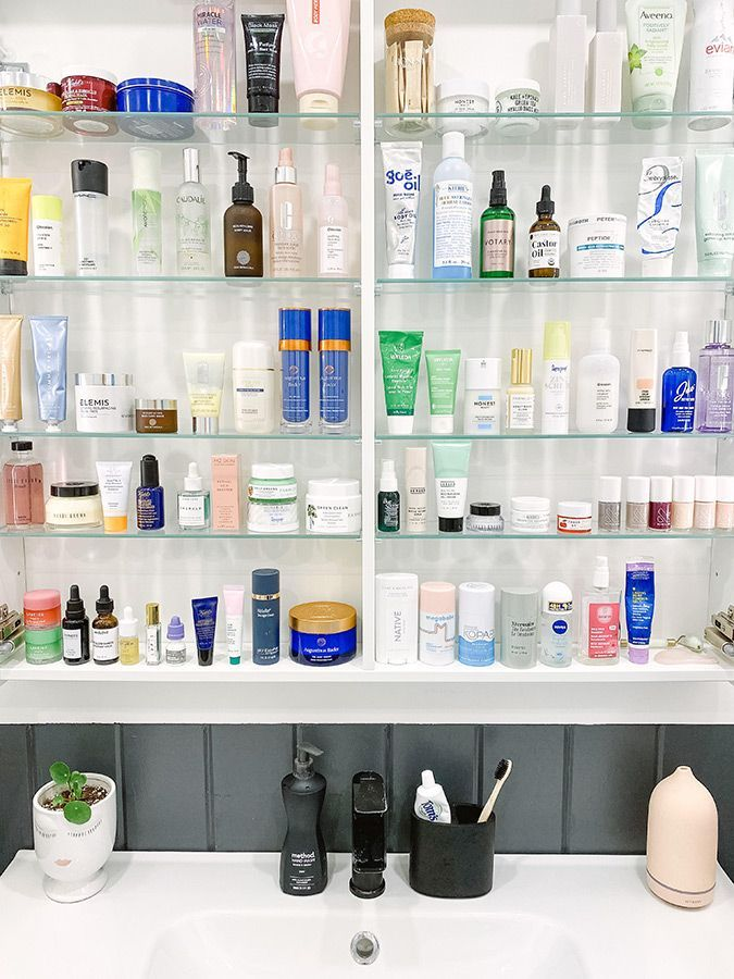 Beauty Bag Cleaning Checklist #beauty #products #springcleaning