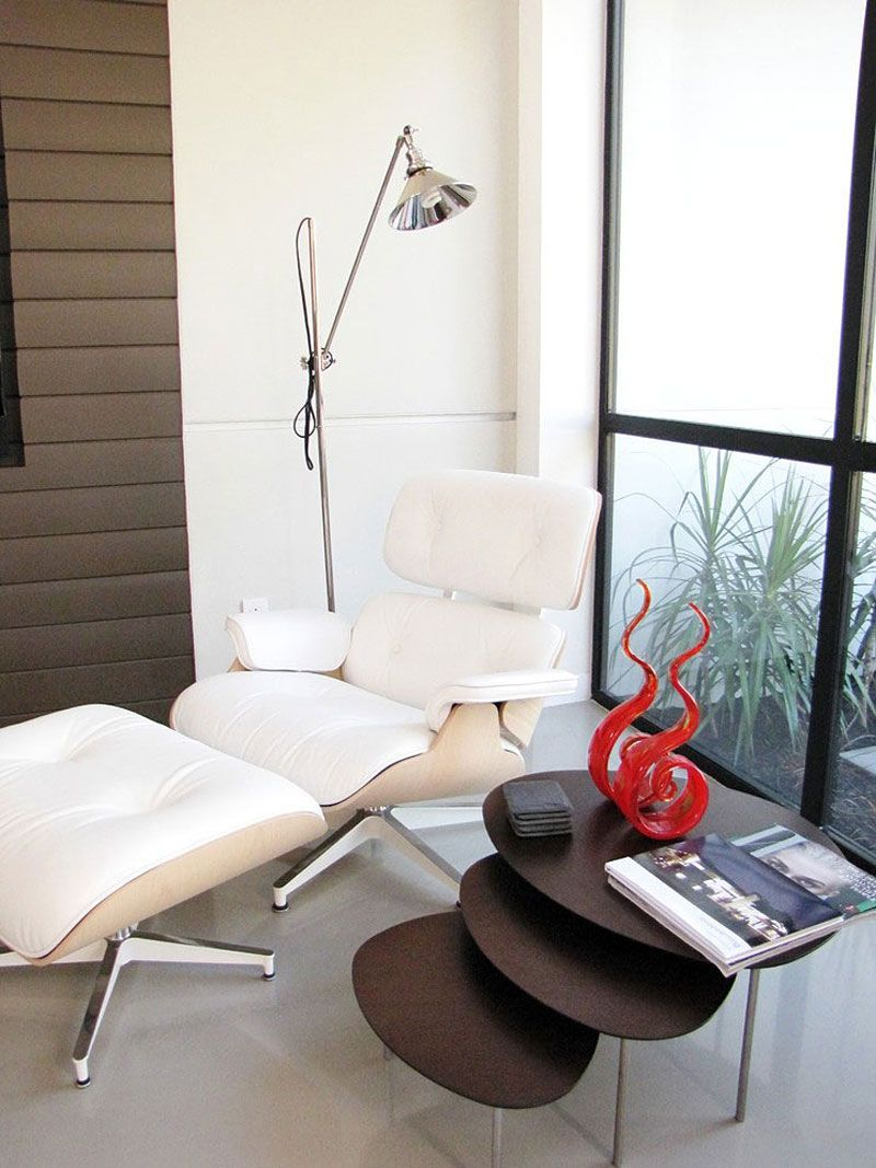 Renovation in Costa Mesa by AMK Studio   Mesas, Reading nooks and Studio