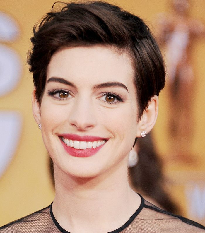 How To Style A Pixie Cut According To Celebrities Pixies Pixie