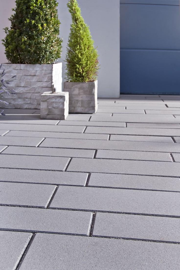 Photo of Gartenwege mit schlanken Decado Steinen von Godelmann pflastern – Gartengestaltung ideen