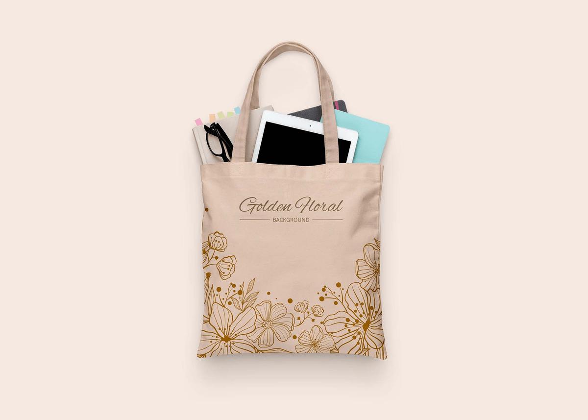 35 Stylish Tote Bag Psd Mockup Templates In 2020 Free Tote Bag Mockup Cloth Bags