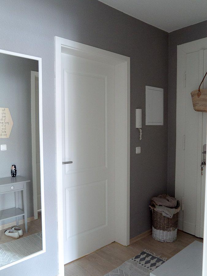LIVING: Warum Du kleine Räume in dunklen Farben streichen kannst!