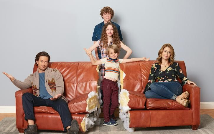 Cast Promo Photos From New ABC Series HAPPY ENDINGS | SEAT42F