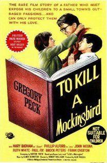 To Kill a Mockingbird. Excelente narrativa de um julgamento no sul racista dos EUA pela ótica de uma menina.