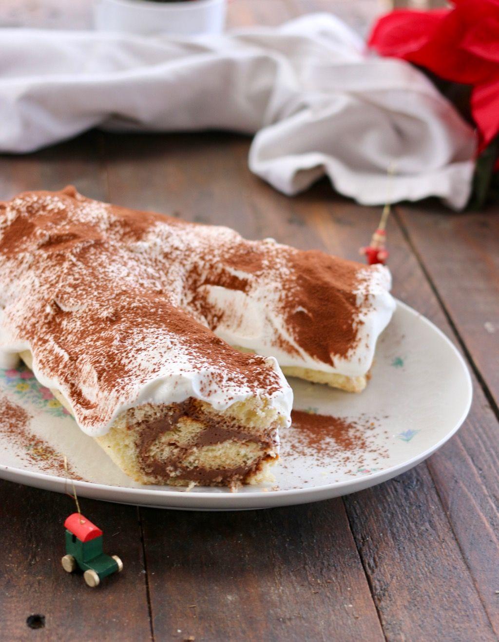 Tronchetto Di Natale Con Pandoro.Tronchetto Di Natale Di Pandoro Con Panna E Nutella Ricetta Con Immagini Ricette Dolci Idee Alimentari Ricette