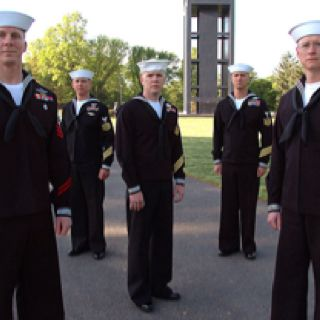 Us Navy Dress Blues Sailor Navy Uniforms Navy Sailor Us Navy Uniforms