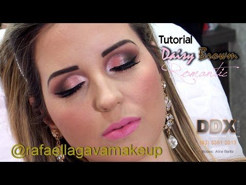 Tutorial Daisy Brown Make Up Rafaella Gava Youtube Daisy Rafaella Modelos The following month, daisy brown uploaded its first video, titled how i feed alan, which introduced the characters of daisy and. pinterest