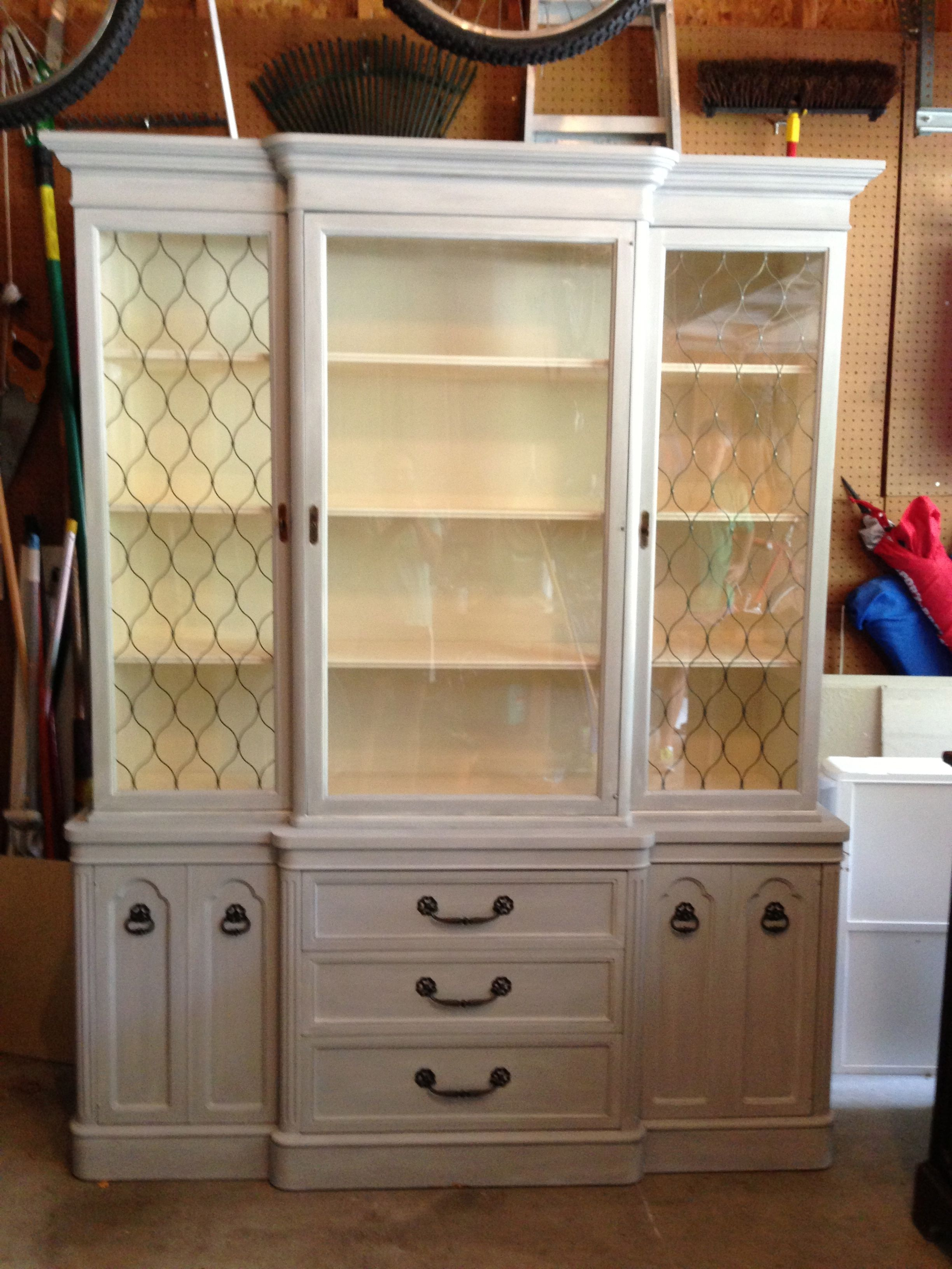 China Cabinet refinished in Paris Gray and Old White For sale