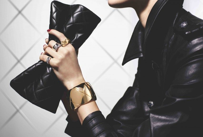 The first Chanel jewelry to be sold online