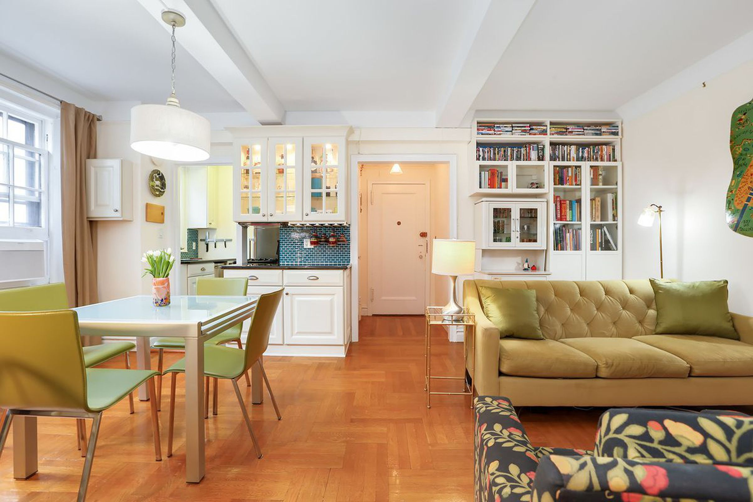 This cute Brooklyn Heights 1BR would make a perfect