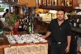 Degusta de la mejor gastronomía típica de Bolivia, variedad de platos combinados, menus a elegir, variedad de pinchos, piqué macho, chicharron, silpancho kawi, sopa de maní, y mucho más..servicio de cafetería. Atendemos todo tipo de compromiso social