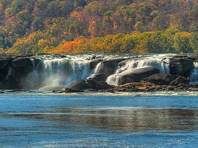 Wv State Parks With Cabins Sandstone Falls State Park Sandstone Falls State Parks West Virginia Places To Go
