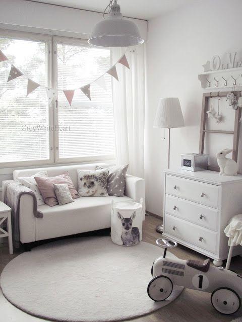 Kinderzimmer mit Sofa in einer gemütlichen Ecke. | Kinderzimmer ...