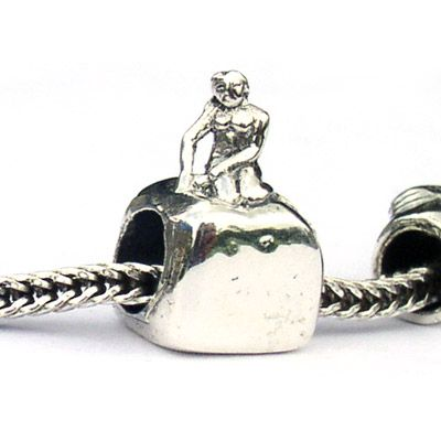 ea4fa0108f1a1 Mermaid Landmark Bead is a detailed replica of the famous statue in ...