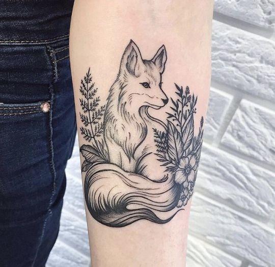 20 Stunning Fox Tattoos For Women Men Fox Tattoo Design Animal Tattoo Fox Tattoo