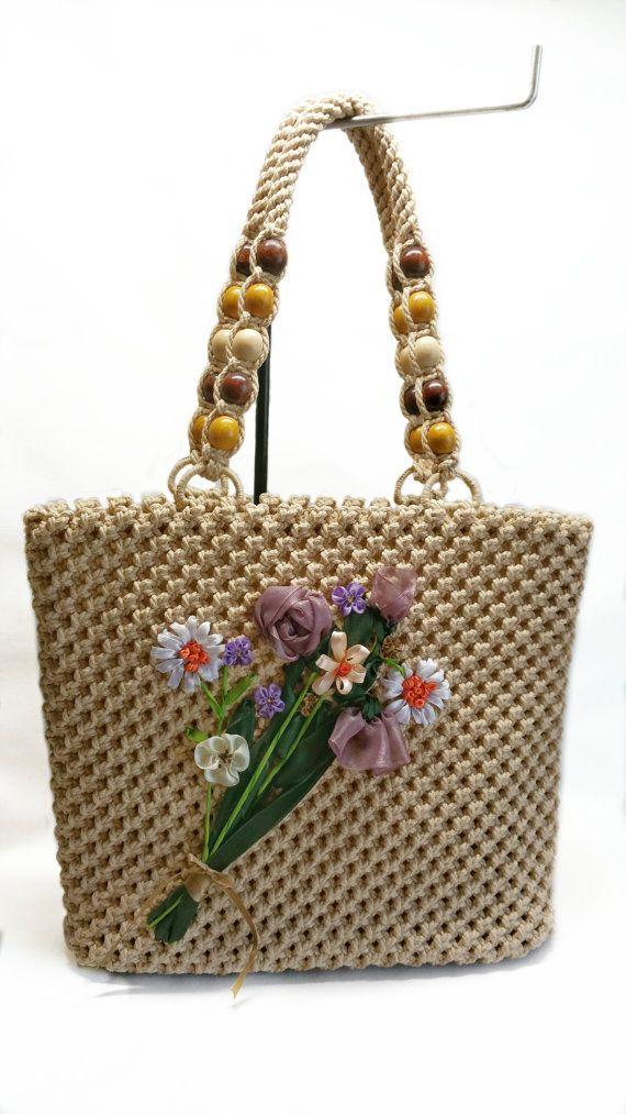 Golden Sand Macrame Bagooak Bag Flower Details By
